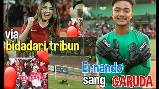 #siapakitaIndonesia | Detik detik ernando dan Via menjadikan tribun Sidoarjo berbeda!!