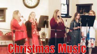 3 Generations Singing / Christmas Music 🎄