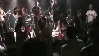名古屋を拠点に活動するスカダンするSKAオンリーのSKAアイドル.