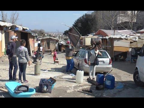 Napoli - Sgomberati due campi rom con 800 persone (07.04.17)