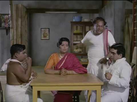 Bombay To Goa - 12/13 - Bollywood Movie - Amitabh Bachchan, Aroona Irani & Shatrughan Sinha thumbnail