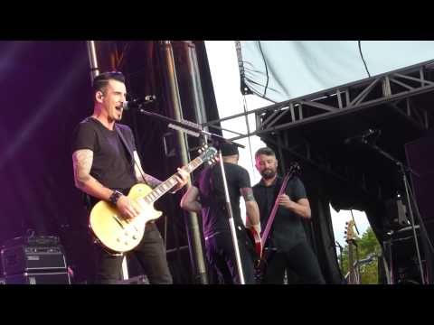 Theory Of A Deadman - Bitch Came Back - July 19, 2015 - Edmonton, AB