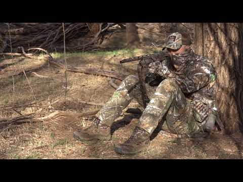 Turkey Hunting Tips: How To Use Your Headnet & Gloves Effectively