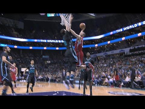 Blake Griffin Throws Down MONSTER Slam! l 02.11.17