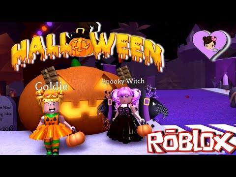 Taking Baby Goldie to Royalloween - Halloween Festival Dress up in Roblox