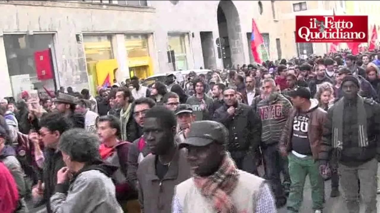 Brescia, corteo dei migranti: \