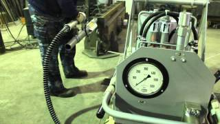 Предварительно напряженных ЖБИ при помощи гидродомкрата(, 2014-02-10T06:28:43.000Z)