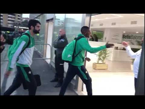 Real Betis-Deportivo Alavés: Llegada del Betis al Villamarín