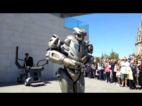 Titan The Robot in Liverpool 25/05/2013