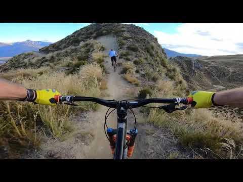 Rude Rock MTB Enduro Trail in New Zealand following Brendog! #OiOi