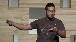 Perché credere nella ricerca scientifica anche quando sembra inutile | Luca Perri | TEDxVarese