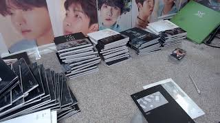 Gambar cover Unboxing a Whole bunch of GOT7 Call My Name Albums
