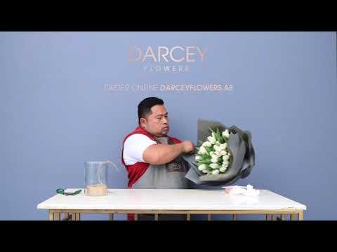 Tulip Bouquet Timelapse   Flower Delivery Dubai - Darcey Flowers