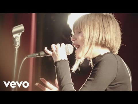 Grace VanderWaal - Stray (Live from The Slipper Room)