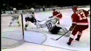 Igor Larionov Top 15 goals...