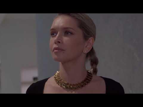 Лицо компании Mercury Вера Брежнева на Vogue Fashion's Night Out