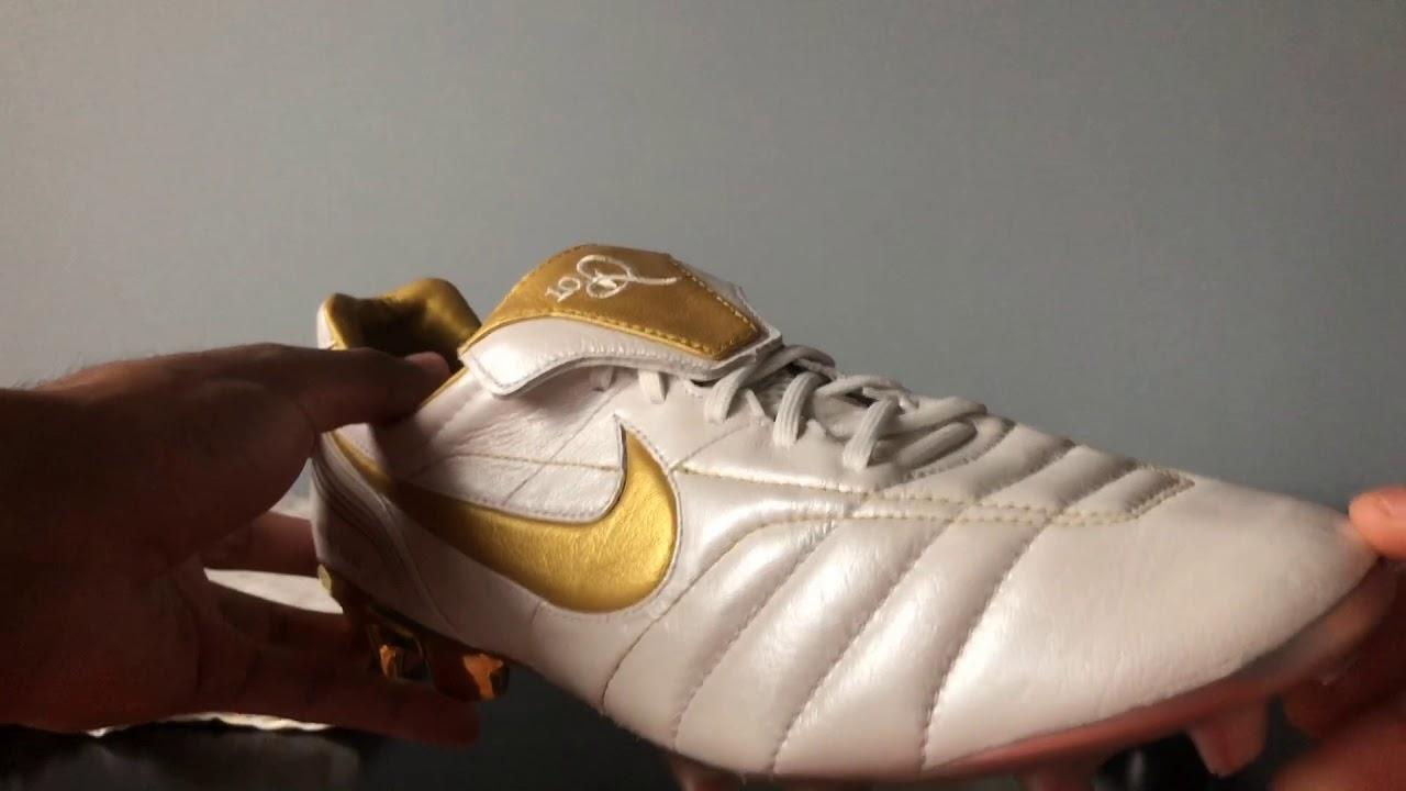 best cheap 72e4f 4033f Nike Tiempo Legend 7 Ronaldinho Remake White/Gold