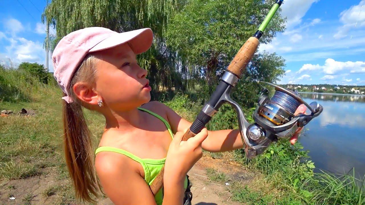 Рыбалка на озере | Купание и игры от Ярославы | Tiki Taki Cook