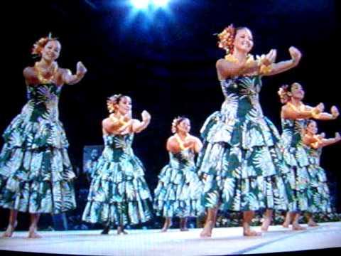 Halau Hula O Kamuela 1st Place Auana Wahine Division 2009