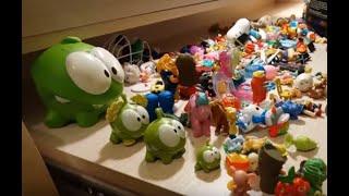 прилипалы, много игрушек, ам ням...