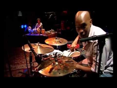 Zakir Hussain / Eric Harland (Tabla - Drum Solo)