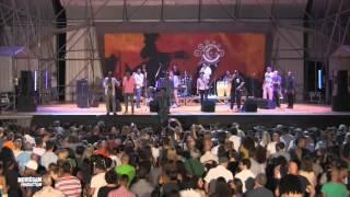 Elito Revé Y Su Charangon (Special Guest Maykel Fonts) - El Jala Jala (Live)