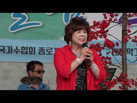 가수 MC 이영숙 진정인가요  효사랑어울림한마당 용두그린공원 무대 2019 6 23