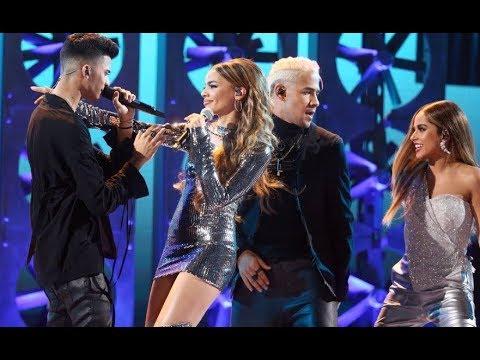 Becky G feat. Leslie Grace & CNCO - Díganle (Latin American Music Awards) 2018