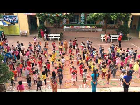 Giờ tập thể dục buổi sáng của Trường mầm non Liên Cơ