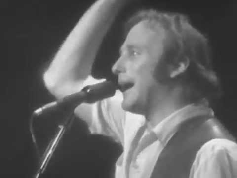 stephen-stills-rock-roll-crazies-cuban-bluegrass-3-23-1979-capitol-theatre-official-crosbystillsnash