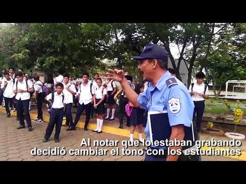 LA PRENSA constata abuso de policía a estudiante en colegio de Managua