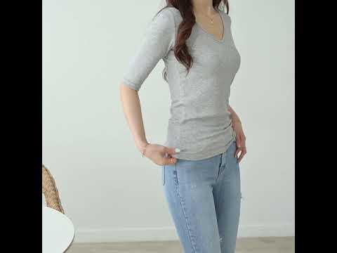 데일리앤 디멜 브이넥 슬림 5부 스판 티셔츠