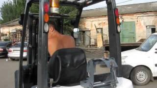 Газо-бензиновый погрузчик Nissan P1F1A15D