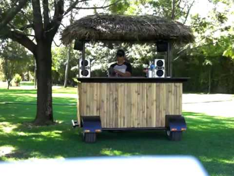 Back yard kiosco bamboo movil bar youtube for Kiosco de madera para jardin