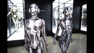 Two Fanboy Body Painters Pay Homage to SORAYAMA