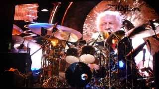 Front Row World Turning and Mick Fleetwood Drum Solo - Fleetwood Mac Newark 2013