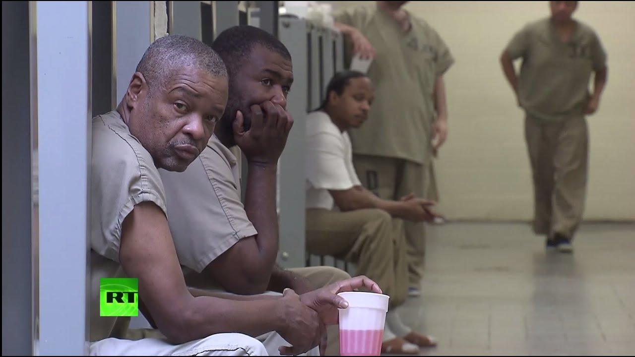 Смотреть ролики издевательства в тюрьмах