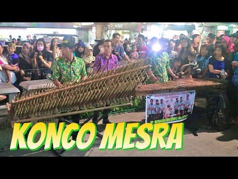 KONCO MESRA - Angklung Malioboro (Pengamen Jogja) RAJAWALI Lihat Lebih Dekat (Nella Kharisma)