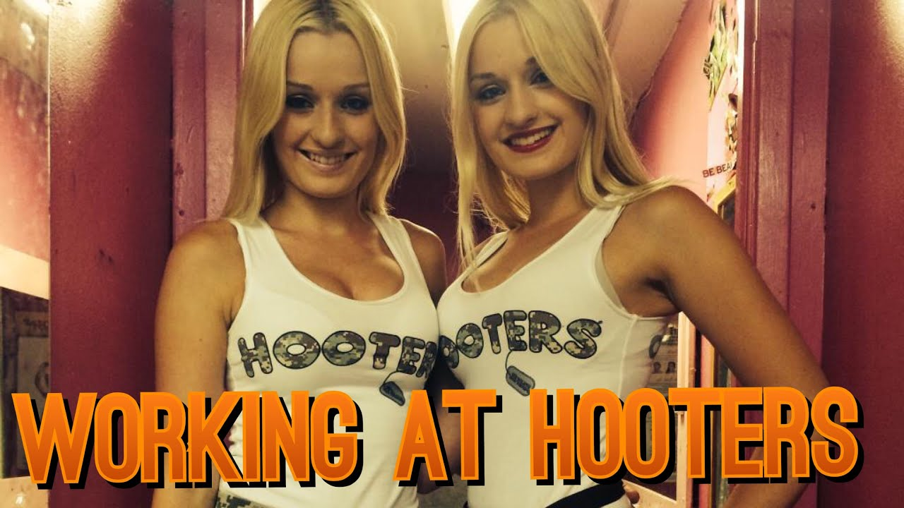 what age does hooters hire