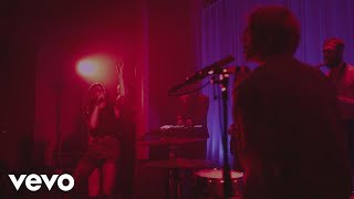Video MØ - Turn My Heart to Stone (Live) download MP3, 3GP, MP4, WEBM, AVI, FLV Desember 2017