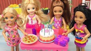 EN GÜZEL Barbie ve Oyuncak Bebek Yarışması | Barbie Türkçe izle | EvcilikTV