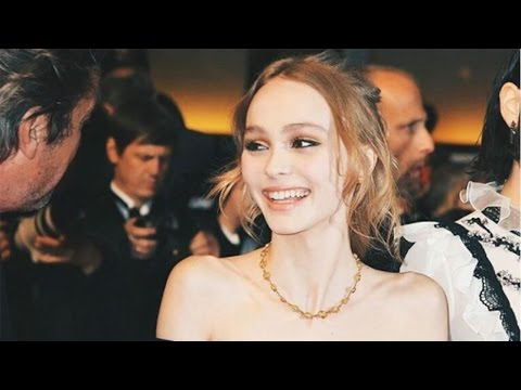 "johnny depp's daughter ""Lily-Rose Depp"" (2017)"