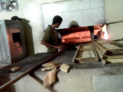 Iraqi's Making Samoon Bread