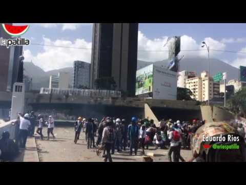 #26Mayo GNB reprime en Las Mercedes-Caracas