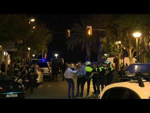 Dos ataques en España dejan 13 muertos y un centenar de heridos