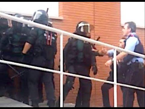 Brutal: Mossos enfrentándose a la Guardia Civil... y catalanes recriminándoselo