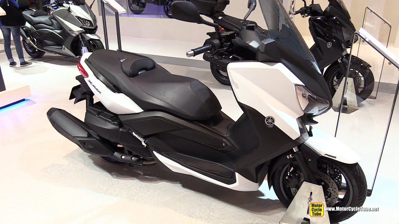 2015 yamaha x max 400 scooter walkaround 2014 eicma. Black Bedroom Furniture Sets. Home Design Ideas