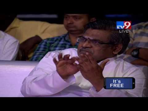 Singer Madhu Priya Sings vachinde song @ Fidaa Audio Launch - TV9