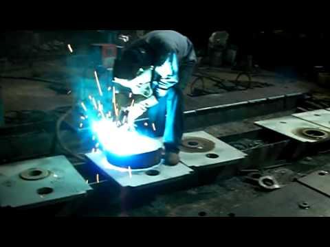 西工(鐵工or冷作)代工 co2焊接(熔接)代工 氬焊代工 - YouTube