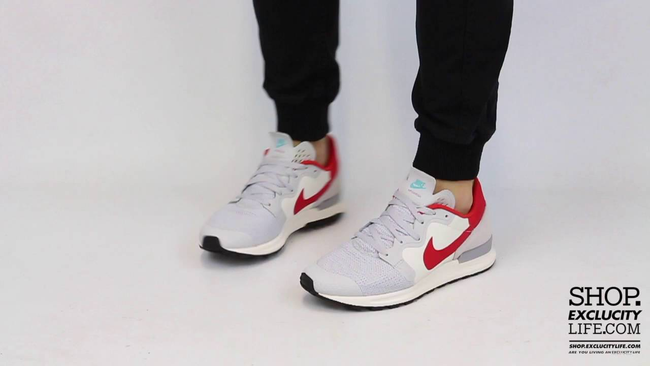 153a341e8e8e Nike Berwuda Pure Platinum Gym Red On feet Video at Exclucity - YouTube